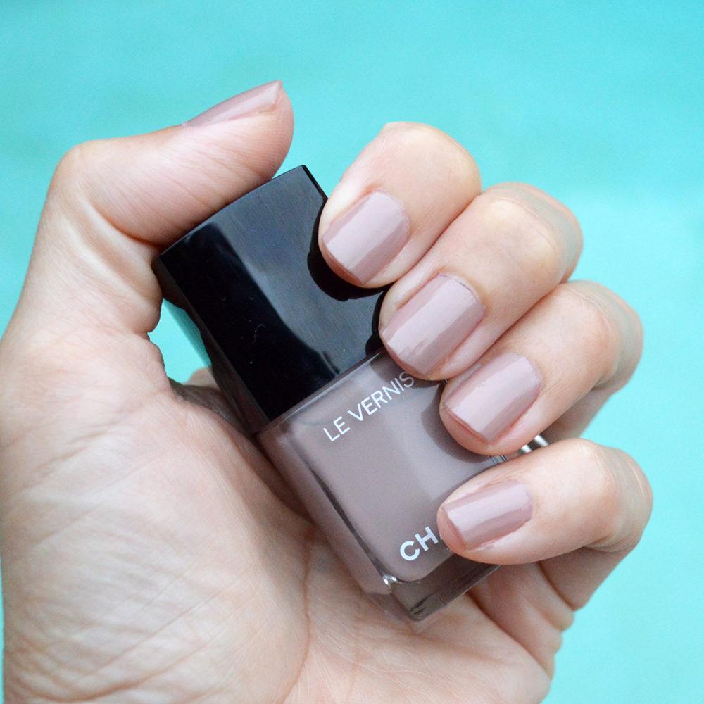 Chanel New Dawn nail polish fall 2017 – Bay Area Fashionista