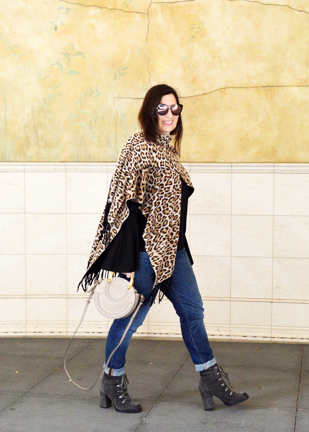 how to wear cheetah print