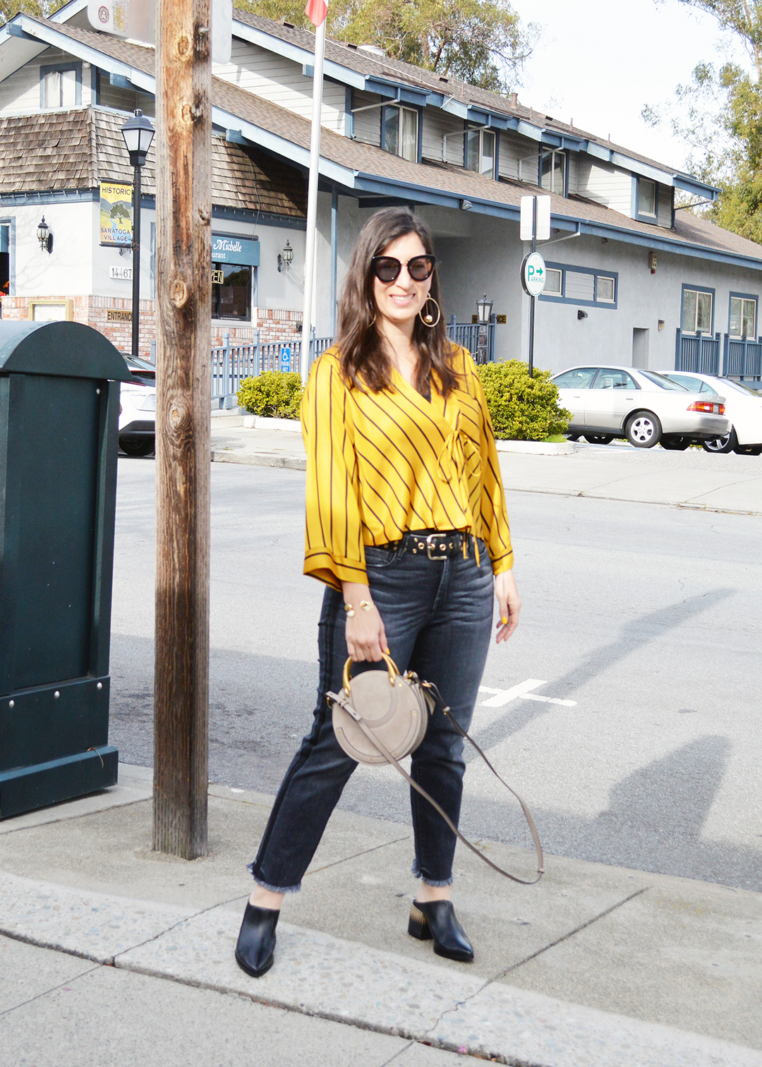 how to wear yellow for spring