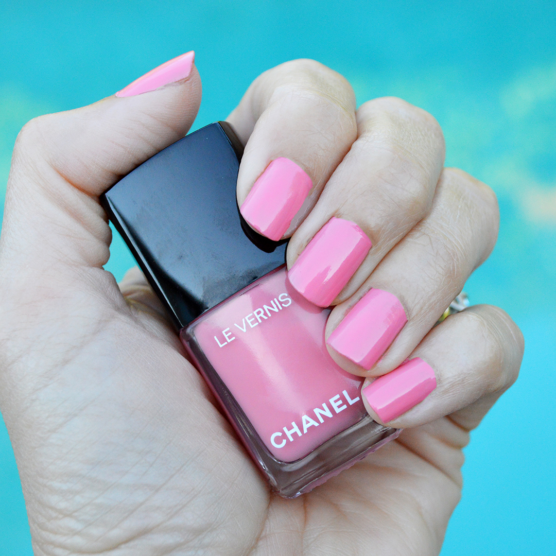 chanel halo nail polish summer 2018