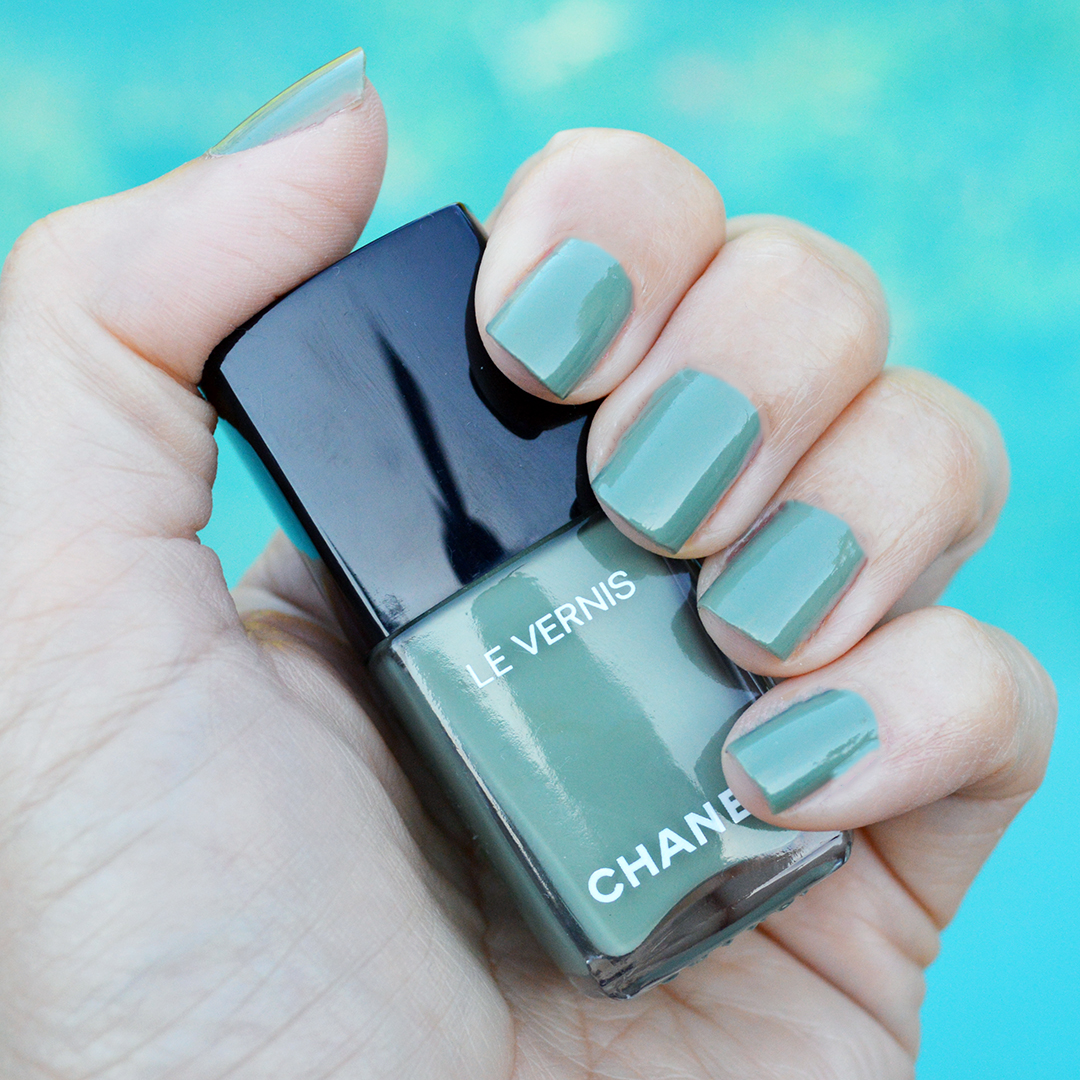 chanel legerete nail polish summer 2018 review