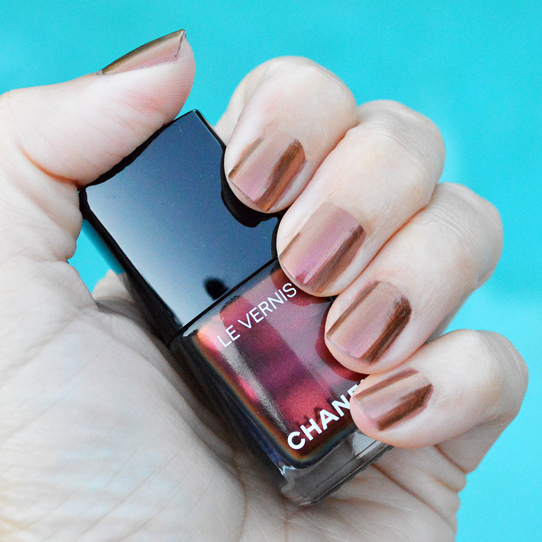 chanel holiday 2018 nail polish opulence review