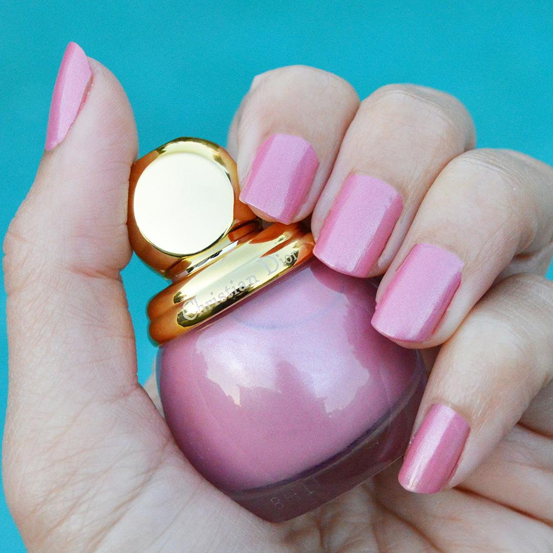 dior lively nail polish holiday 2018 diorific
