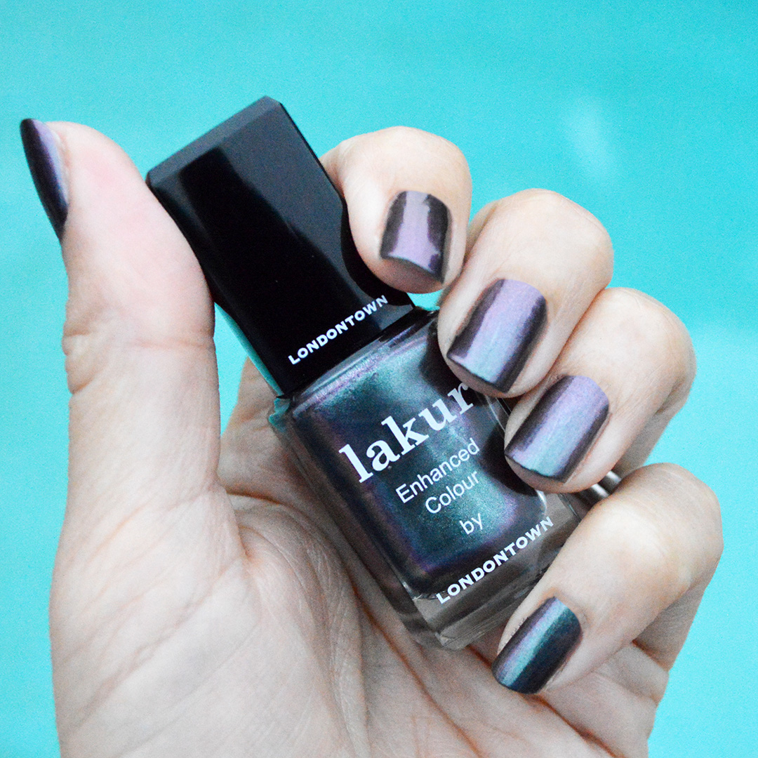 londontown skyline reflect nail polish review