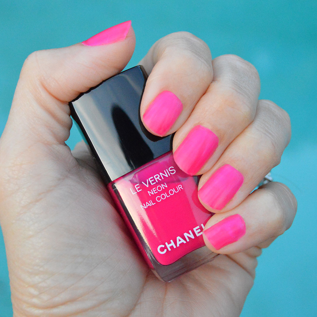chanel spring 2019 nail polish chanel techno bloom