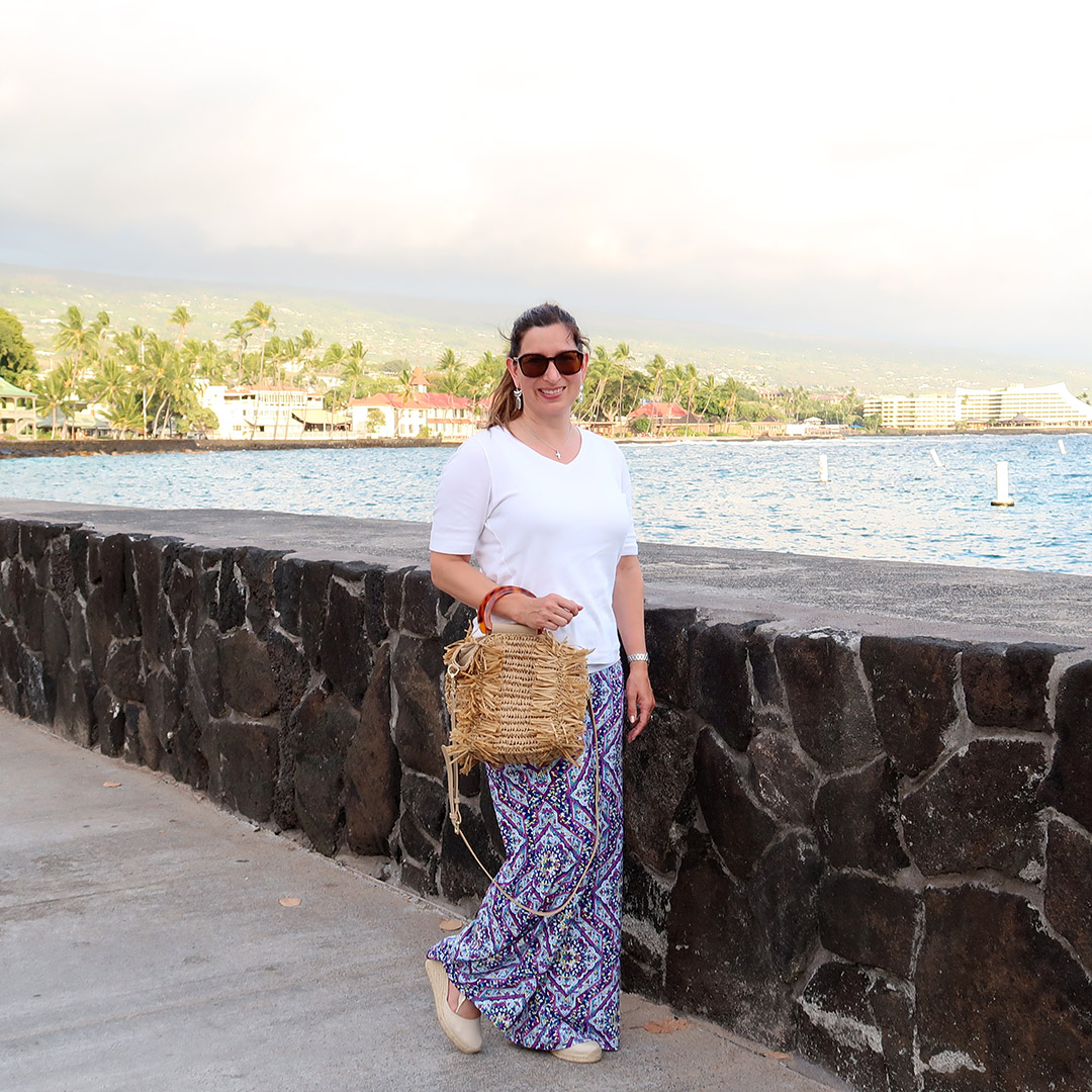 hawaii travel outfits