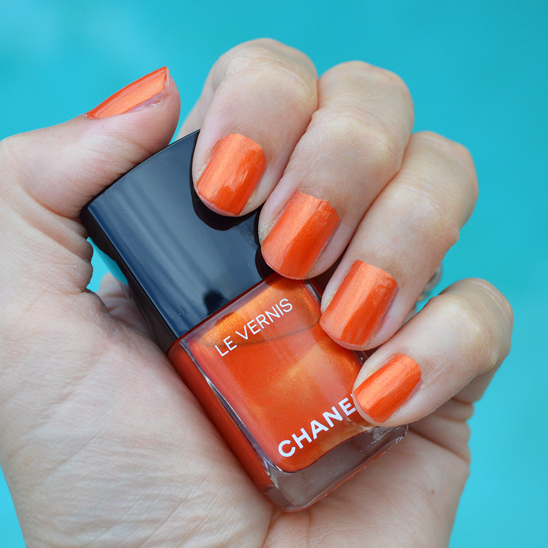 chanel radiant arancio nail polish summer 2019 review