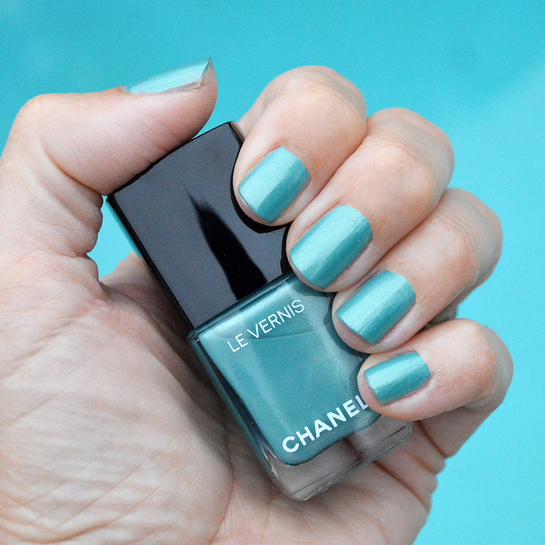 chanel radiant verde nail polish summer 2019