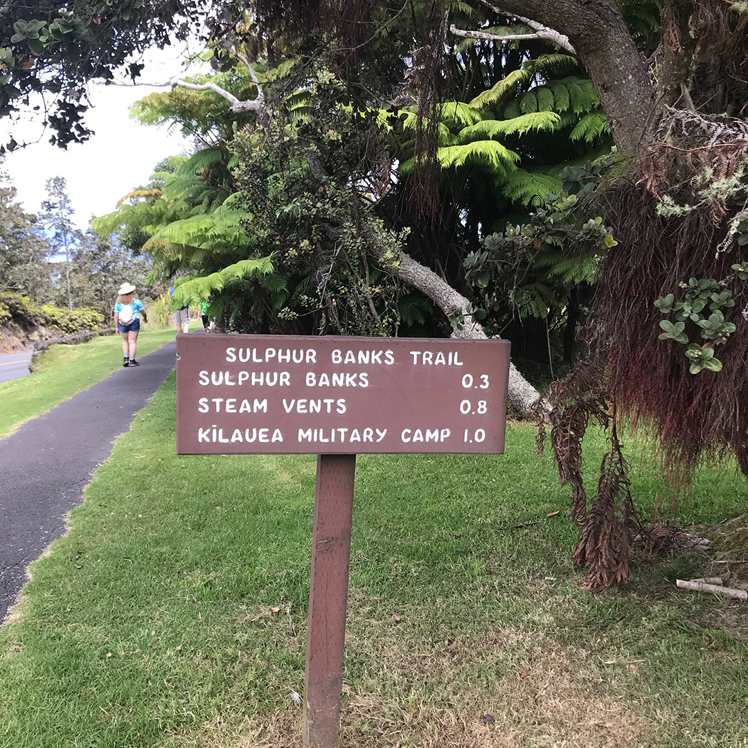 volcanoes national park hiking trails