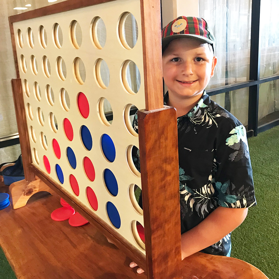 giant connect four game kona