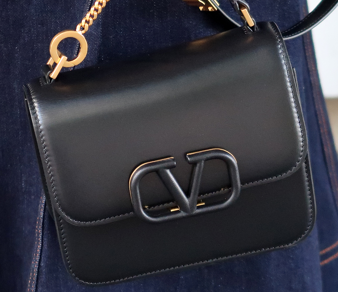 valentino vsling convertible handbag review