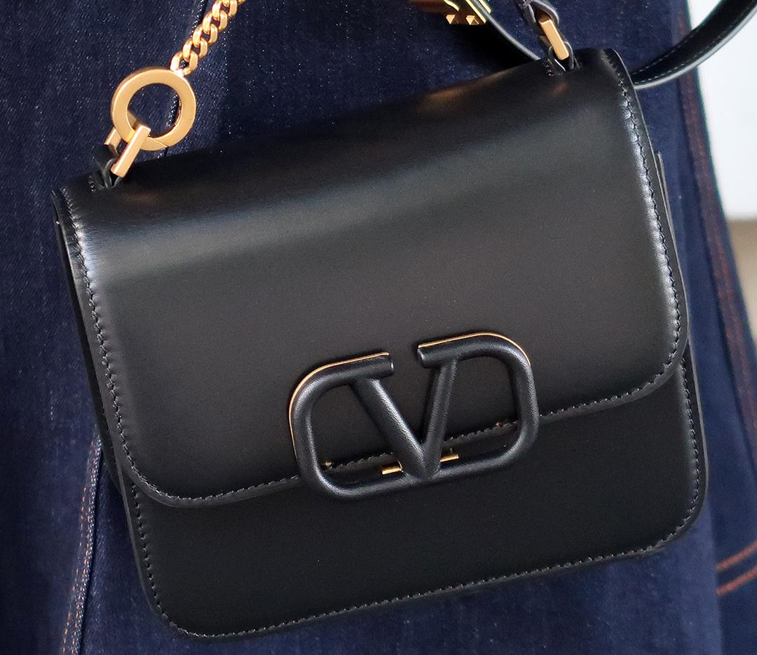 valentino vsling convertible handbag review