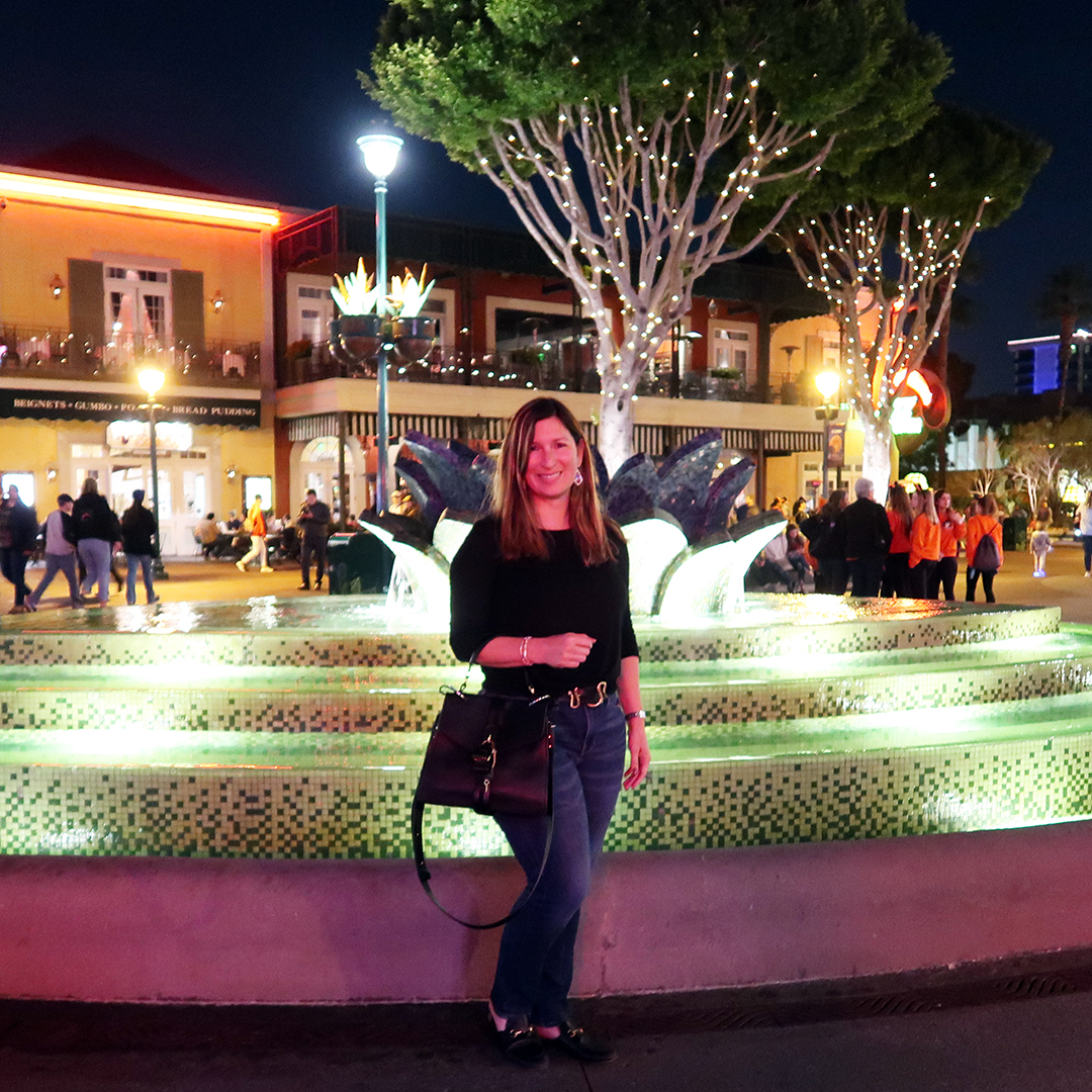 downtown disney outfit