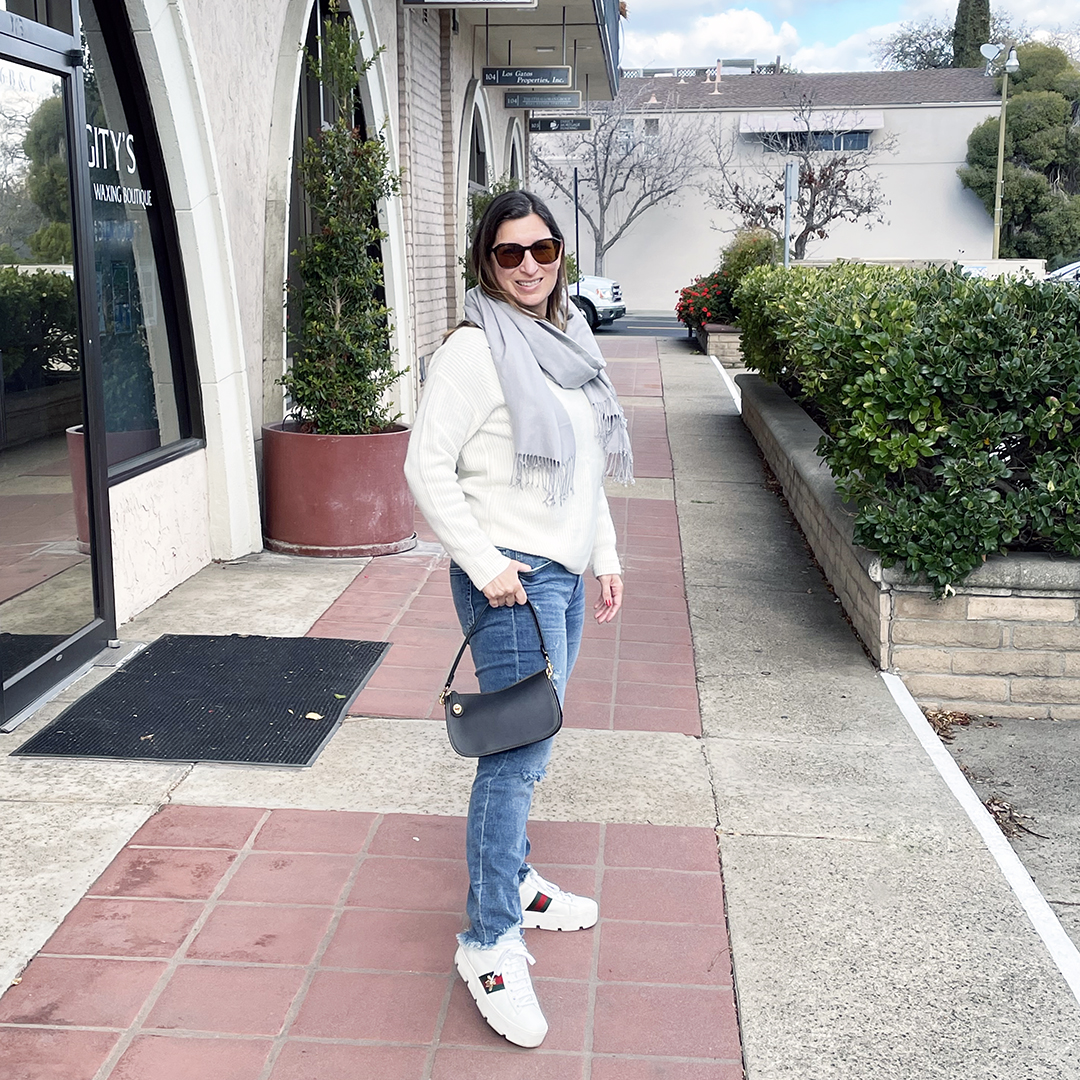 casual winter outfit los gatos street style