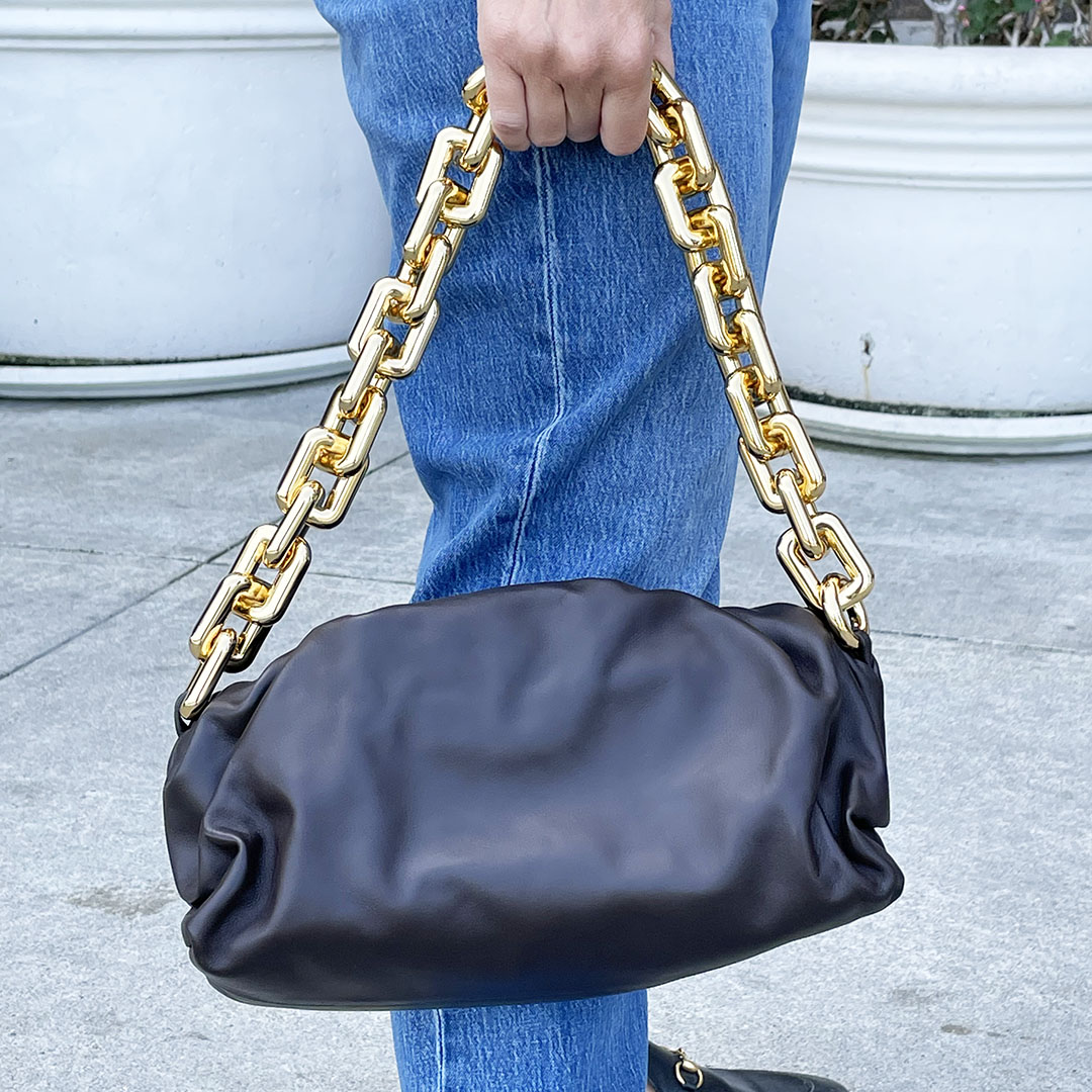 bottega veneta chain pouch review